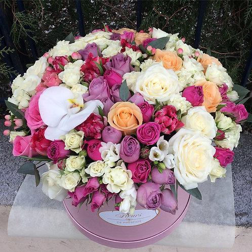 Цветы в шляпной коробке - 49