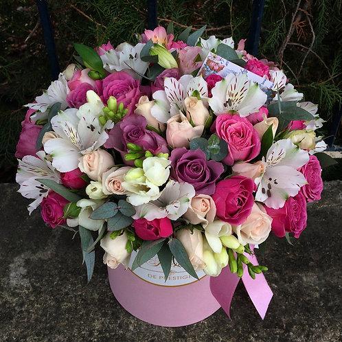 Цветы в шляпной коробке - 23