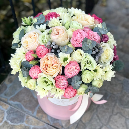 Цветы в шляпной коробке - 30
