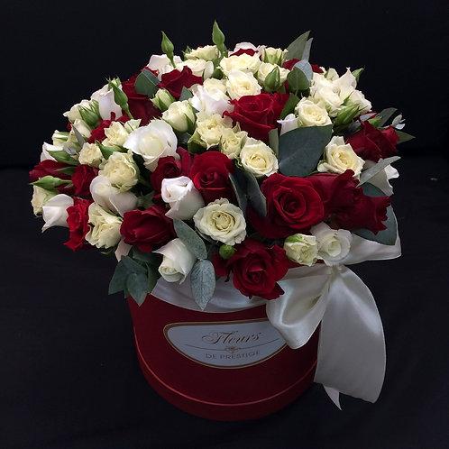 Цветы в шляпной коробке - 60