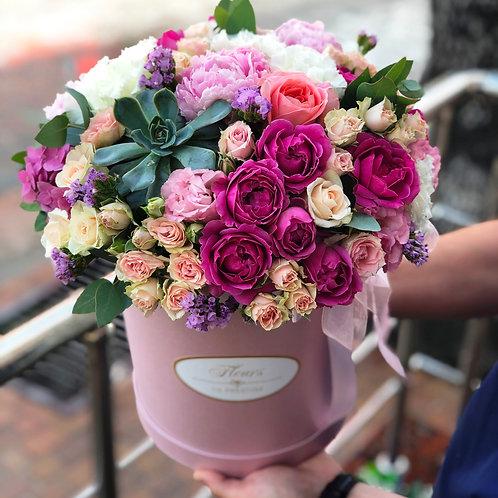 Цветы в шляпной коробке - 33