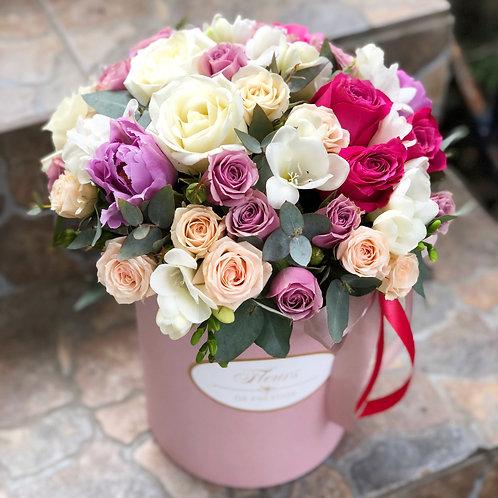 Цветы в шляпной коробке - 16