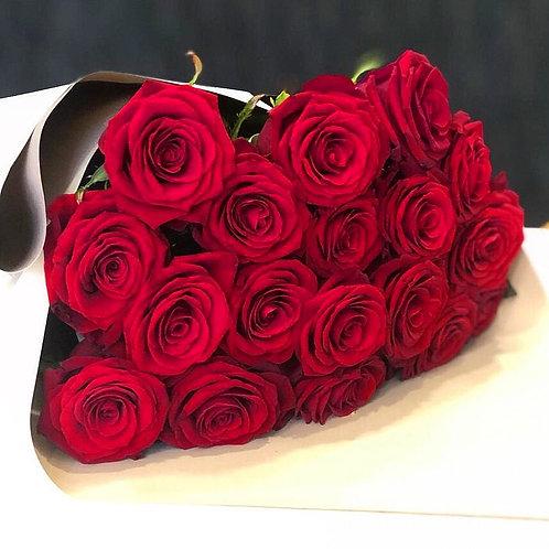 Букет роз 21 шт Ред Наоми