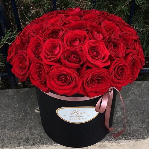 Цветы в шляпной коробке - 35