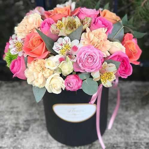 Цветы в шляпной коробке - 74