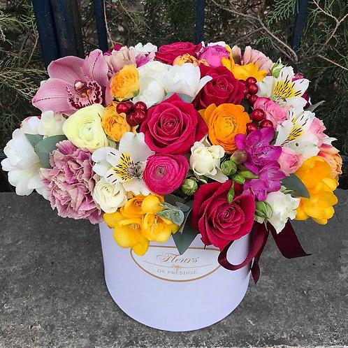 Цветы в шляпной коробке - 26