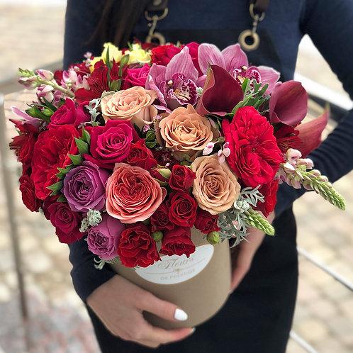 Цветы в шляпной коробке - 14