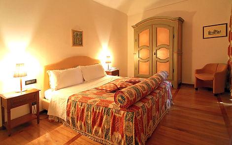 camera da letto, hotel castello rosso, vacanza tango, tango passione