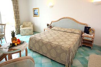 camera da letto hotel hermitage ischia