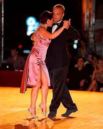 paola pinessi e alberto bersini, tango dancer, insegnani di tango, maestri di tango