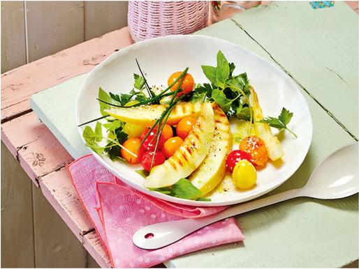 Kräutersalat mit gegrillter Honigmelone