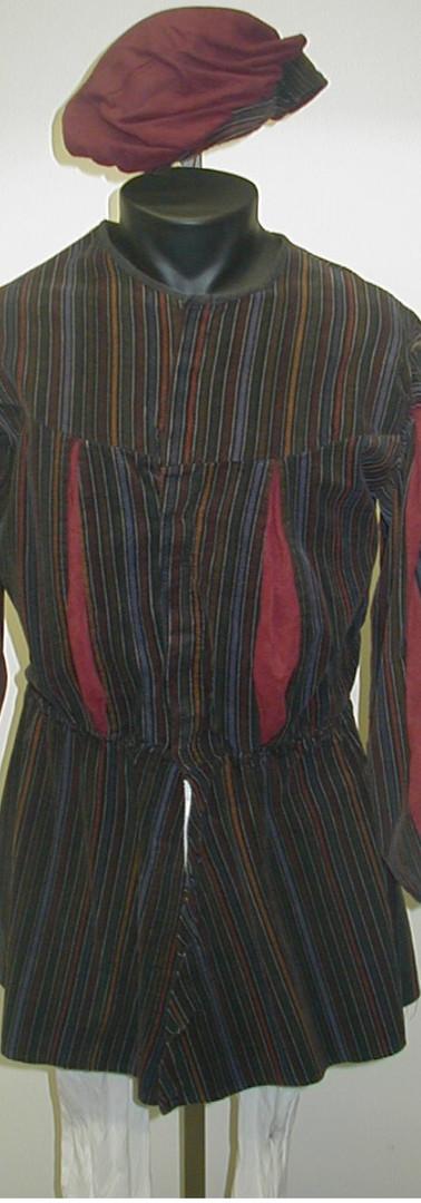 Cordoroy tunic ^ beret.jpg
