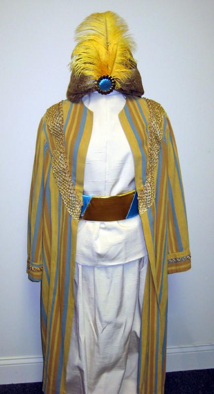 sultan-aladdin-costumejpg