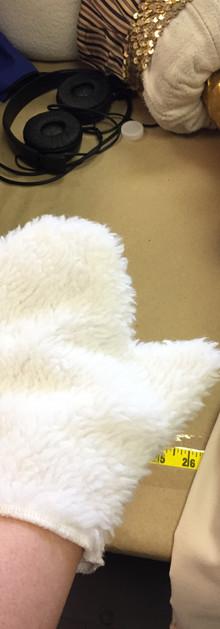 bunny mitten.JPG