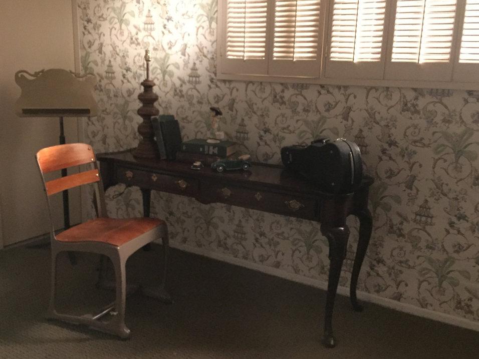 Set 2 - 1930s Shanghai House Room