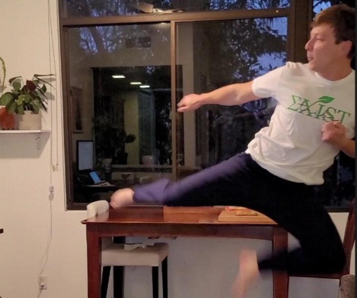 Yoga_Master_Chris.jpg