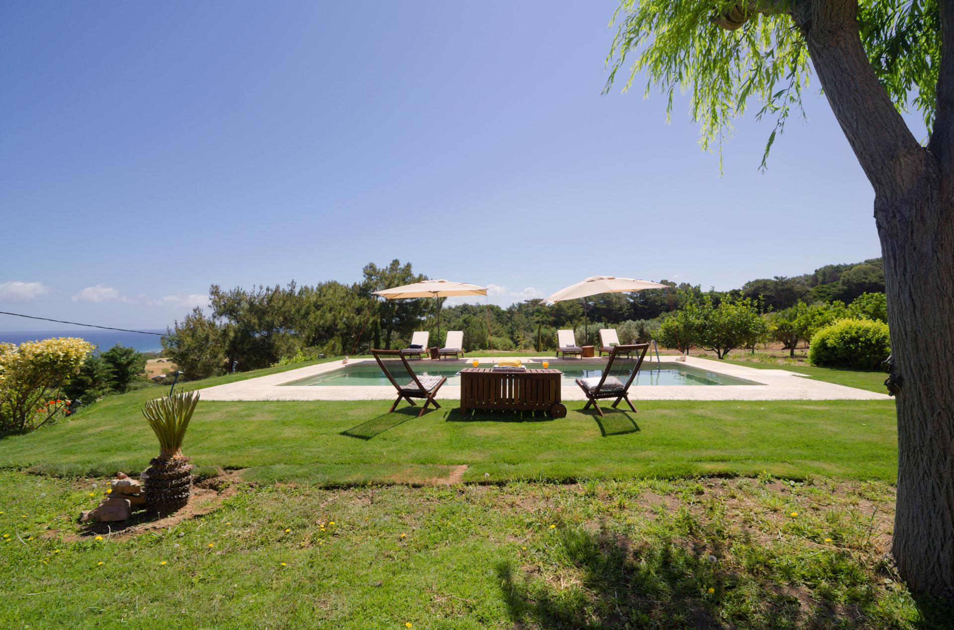 Villa Russelia_Rhodes_Pool_4