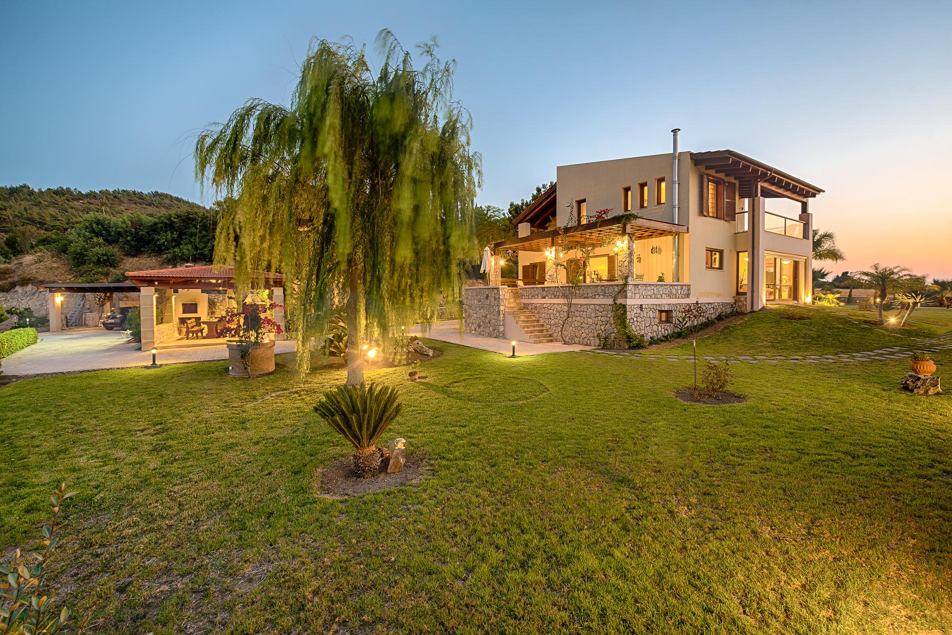 Villa Russelia_Rhodes_garden_49
