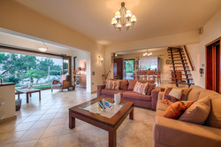 Villa Russelia_Rhodes_living room_35