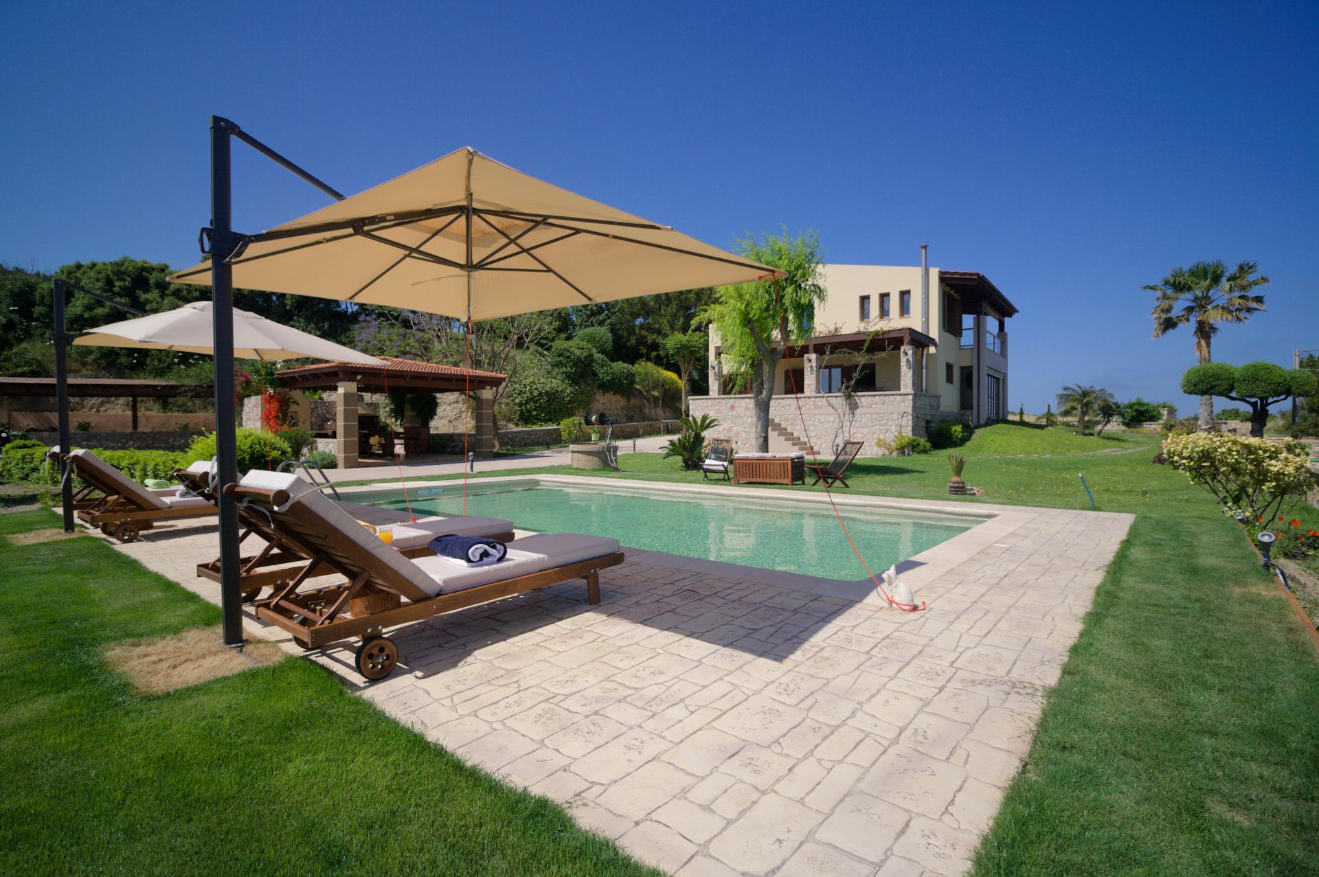 Villa Russelia_Rhodes_Pool_1