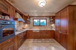 Villa Russelia_Rhodes_kitchen_37