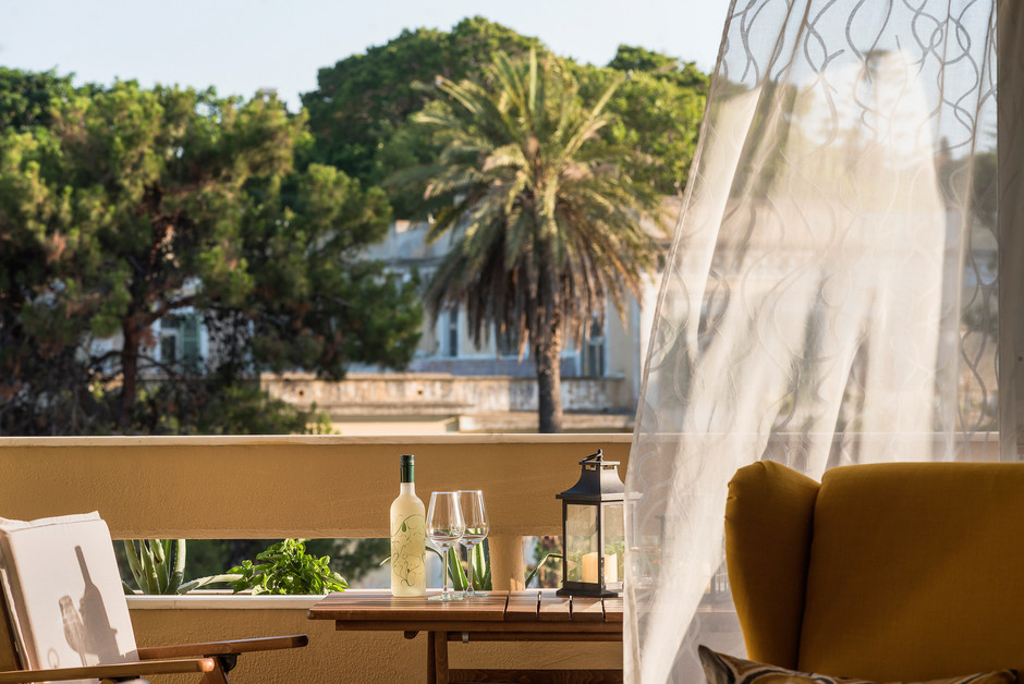 Rent-an-Apartment-in-Rhodes_Russelia-Sui