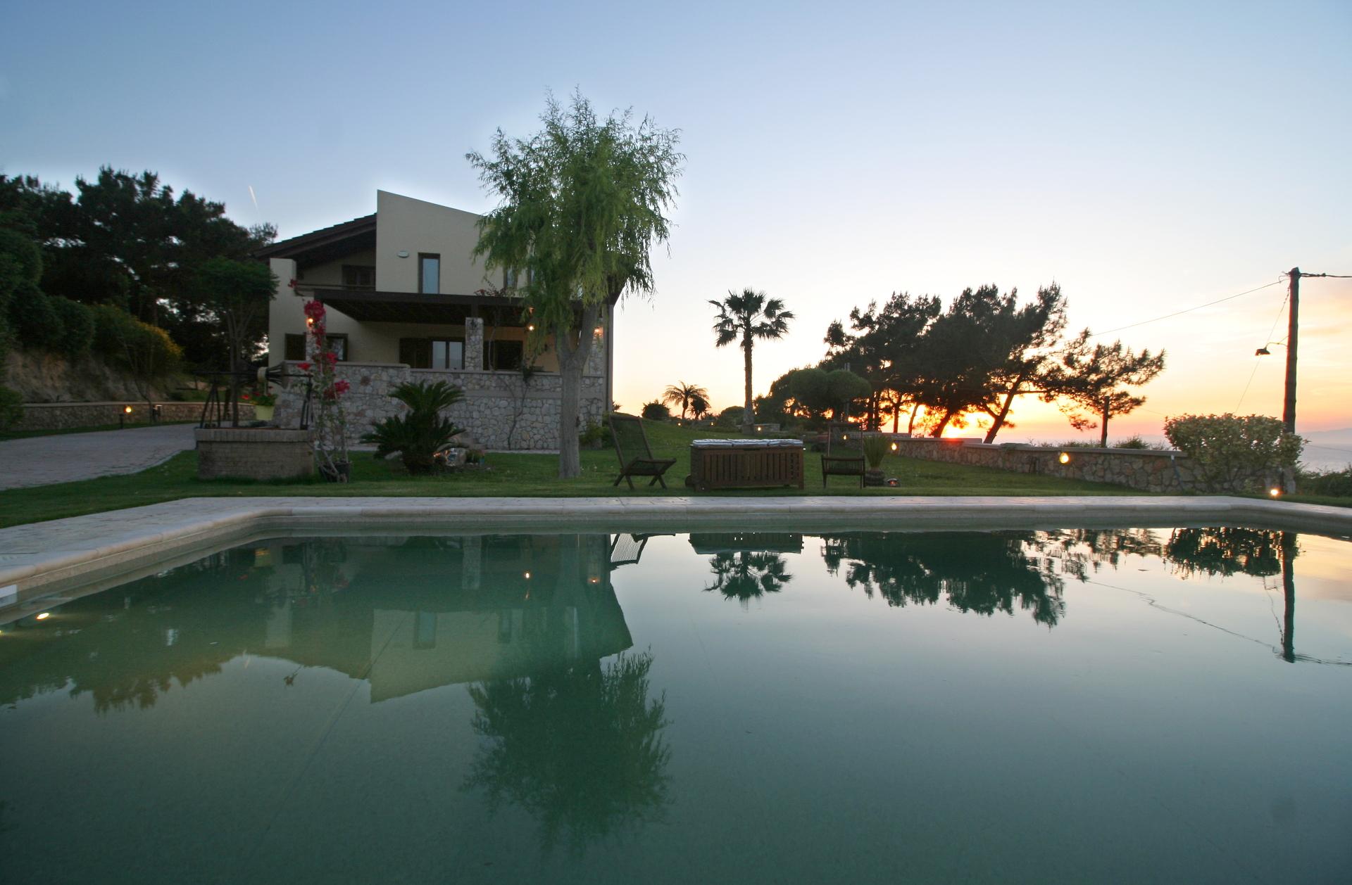 Villa Russelia Pool_Rhodos_11