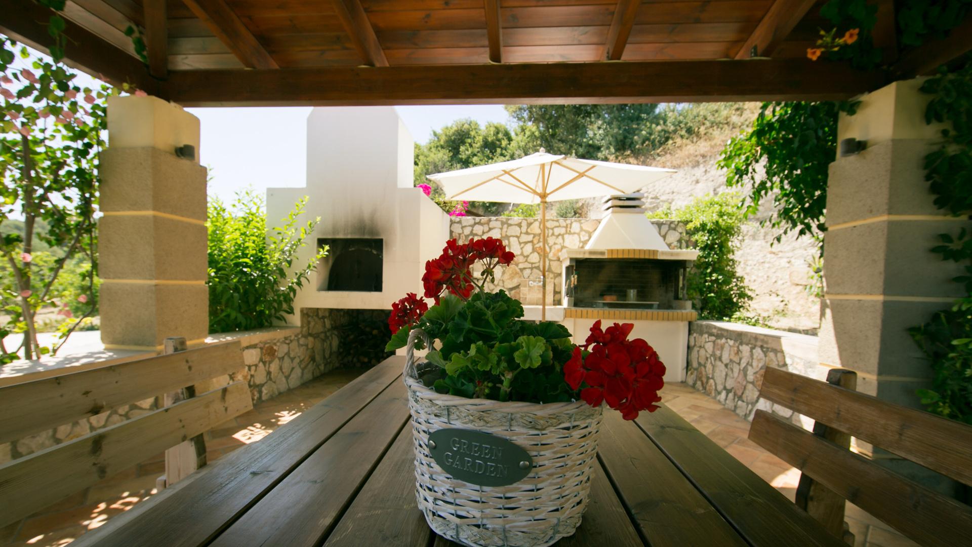 Rent a Villa in Rhodes | BBQ
