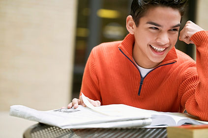 Estudante feliz