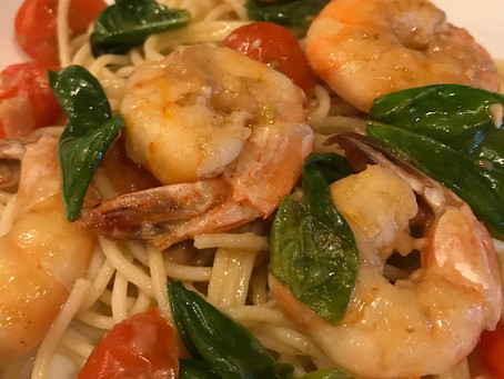 Prawns in Angel Hair Pasta with Tomato Basil Sauce