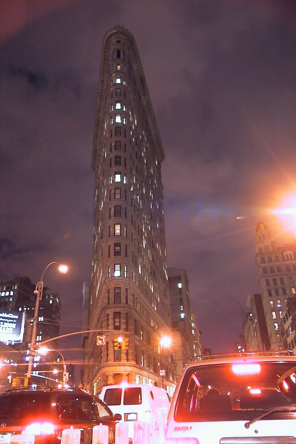 NYC-Flathead Iron Building 2001