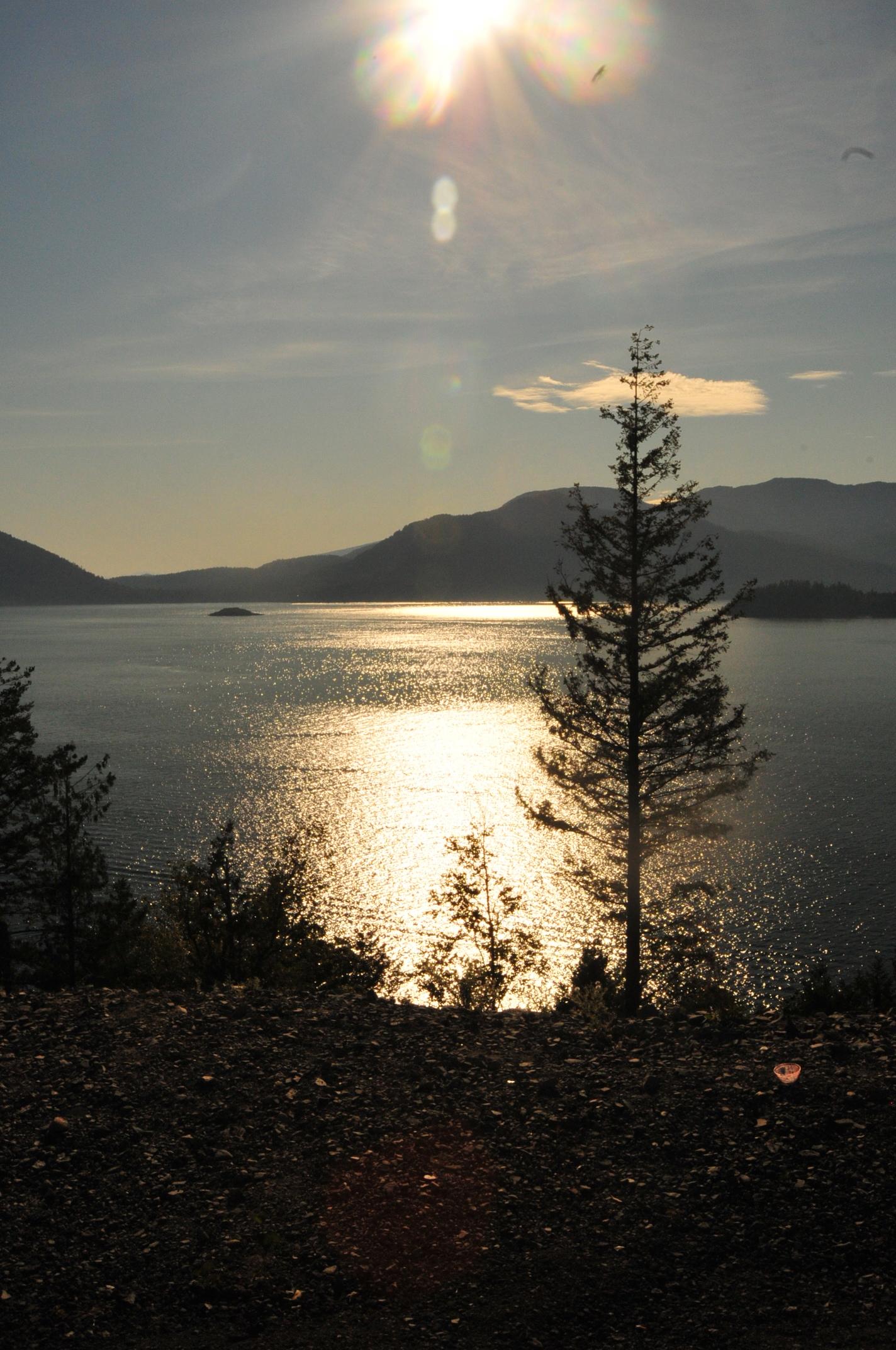 Washington-Beautiful Lake
