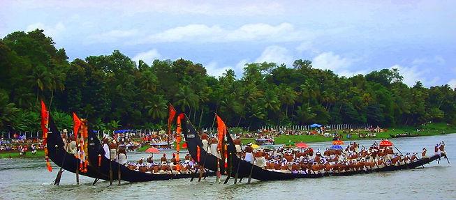 Aranmula-boat_race-_Kerala-India-1.jpg