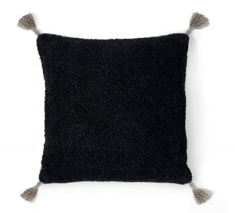 Housse de coussin noir avec pompons 45x45cm