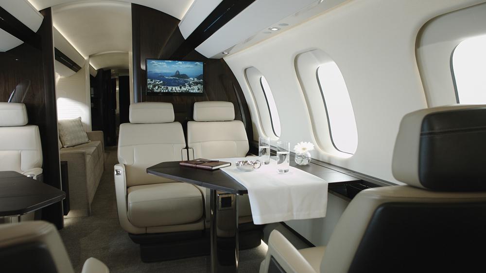 bombardier-7000-interior.jpg