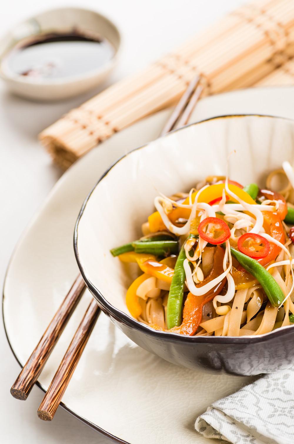 Nouilles de riz sautées aux légumes - Ma Cuisine Thai