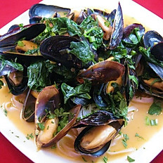 Basil Mussels