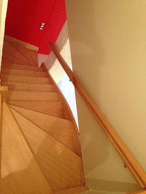 escalier-sur-mesure.JPG
