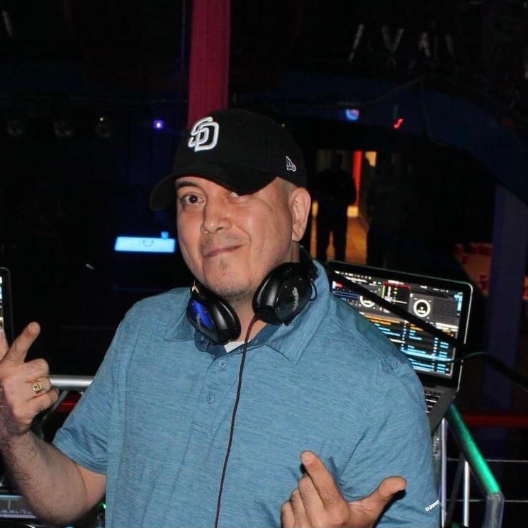 DJ BRAYKS ROCK THE BLOCK ALL WEEKEND