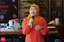 Cooking Class with Celebrity Chef 2015 (107).JPG