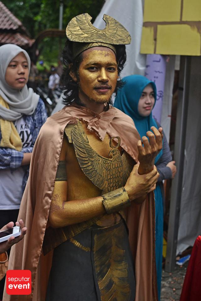 Festival Budaya Universitas Indonesia Love; Peace and Freedom (18).JPG