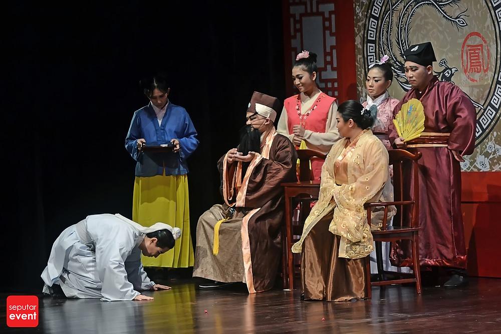 Teater Legiun Persembahkan Chang Bersaudara (8).JPG