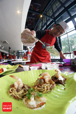 Cooking Class with Celebrity Chef 2015 (45).JPG