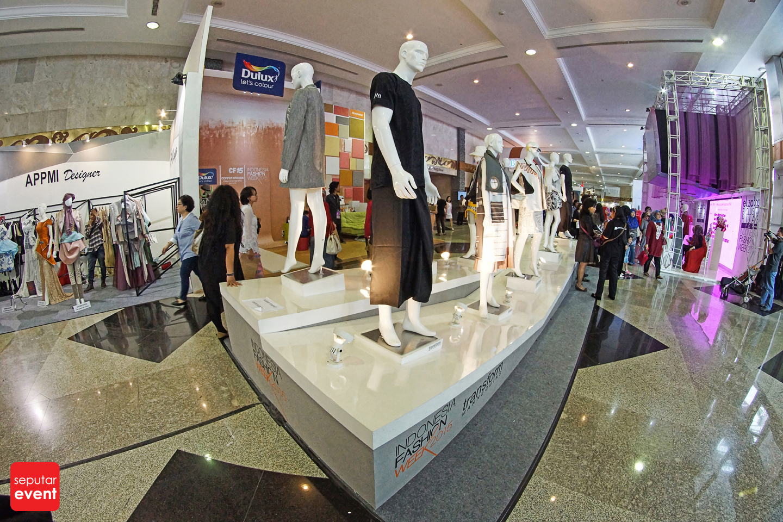 Indonesia Fashion Week 2015 (30).JPG
