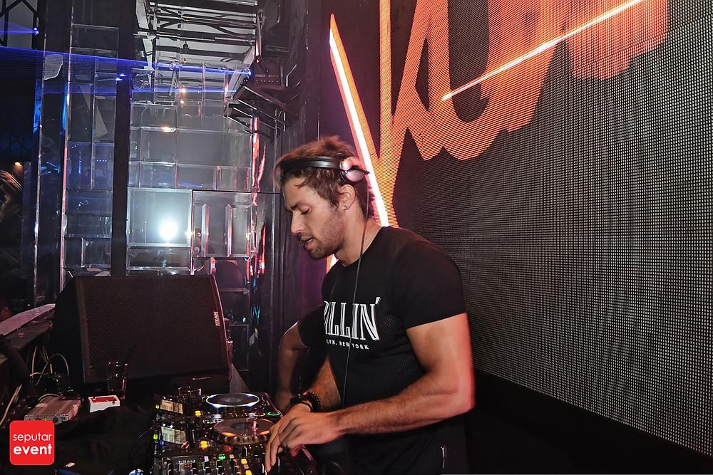 X2 Club Jakarta Present DJ KURA (4).JPG