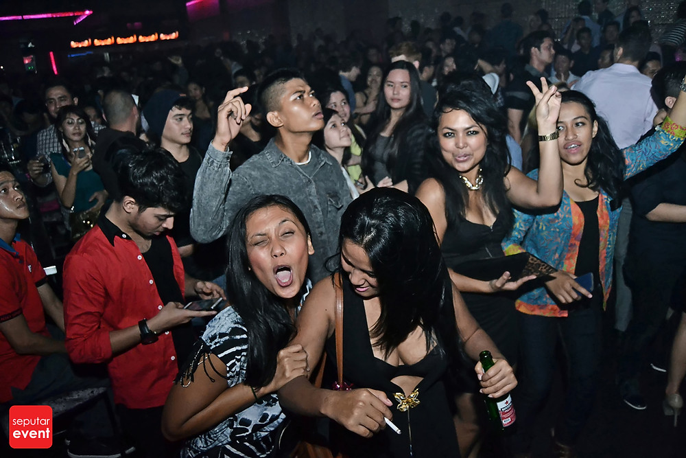 X2 Club Jakarta Present DJ KURA (14).JPG