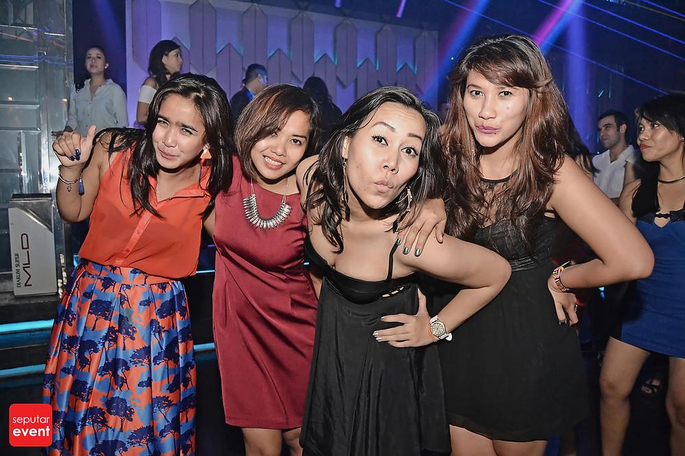 X2 Club Jakarta Present DJ KURA (10).JPG