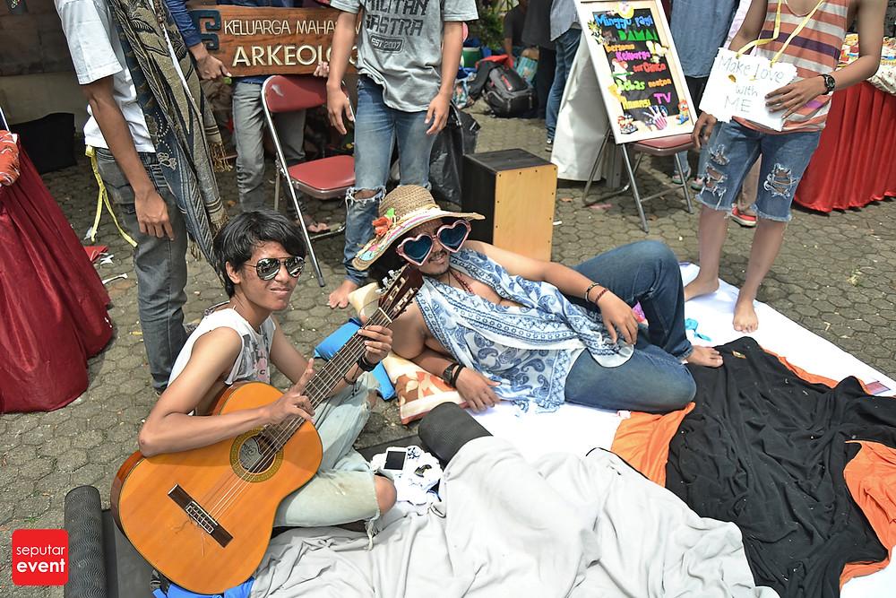 Festival Budaya Universitas Indonesia Love; Peace and Freedom (15).JPG
