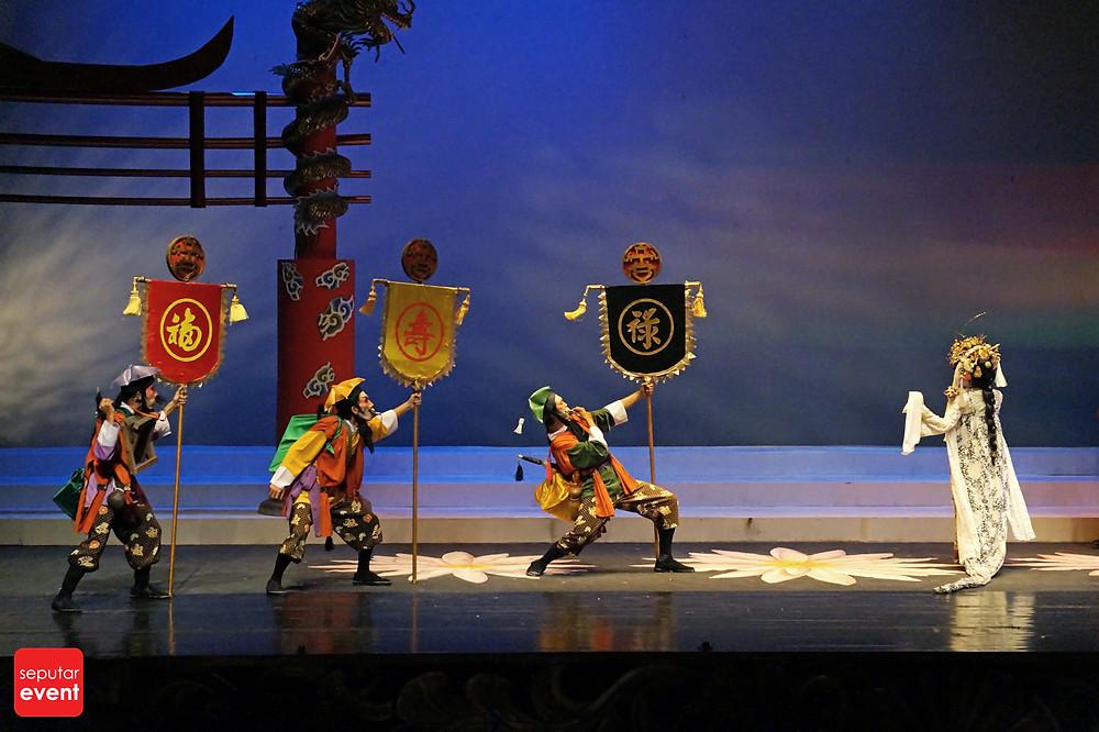 Teater Koma Mempersembahkan Opera Ular Putih (14).JPG