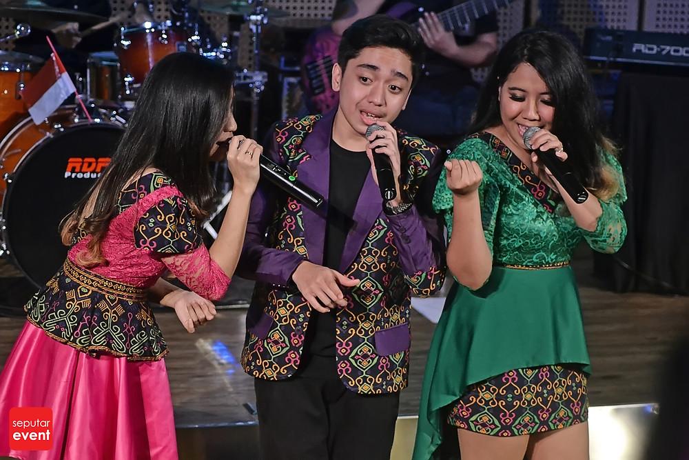 The Nelwans Buka Kado Dengan Musik Indonesia Timur (4).JPG
